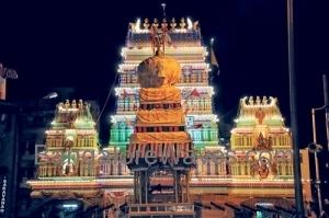 ಐತಿಹಾಸಿಕ ಬೆಂಗಳೂರು ಕರಗ ನೋಡ ಬನ್ನಿ