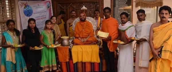 ಮುಕ್ರಿ ಸಮಾಜದ ಬಡ ವಿದ್ಯಾರ್ಥಿಗಳಿಗೆ ವಿದ್ಯಾ ಸಹಾಯಧನ ವಿತರಣೆ