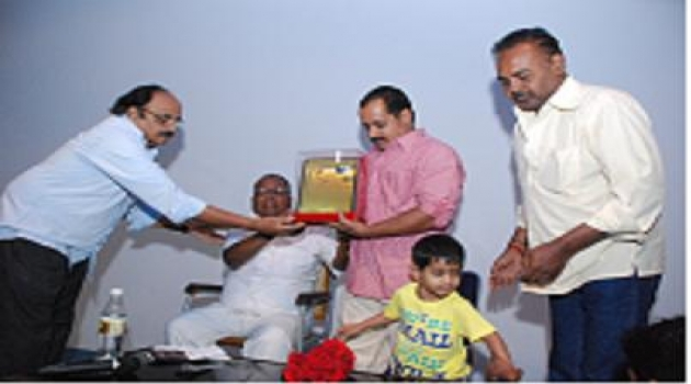 Karnataka Cinemotographers Association felicitation